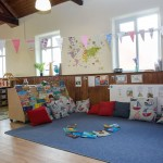 Jack and Jill Nursery Corfe Mullen reading area